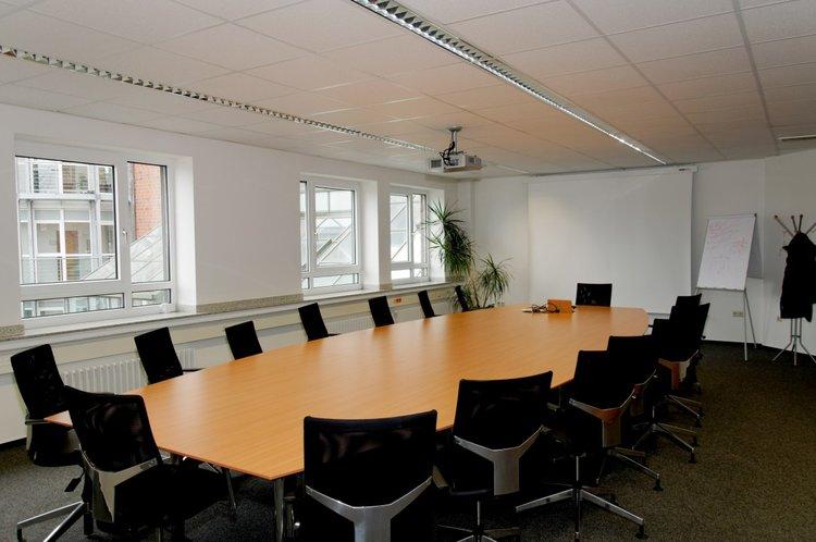 Bureau virtuel et location de salle de réunion équipée